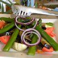 Salades fond d'artichaut asperge tomate oignon rouge